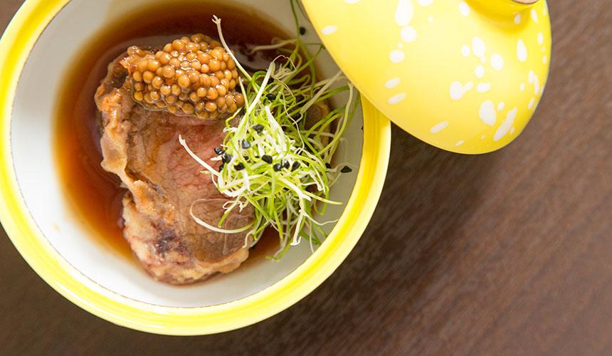 >鹿肉の天ぷらタスマニア産マスタードソース掛け