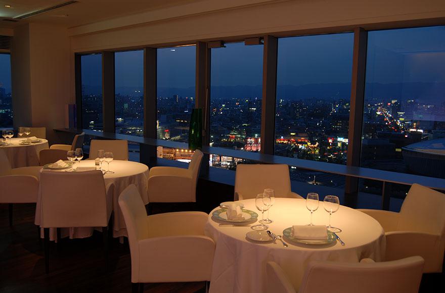 レストラン オテル・ド・ヨシノ