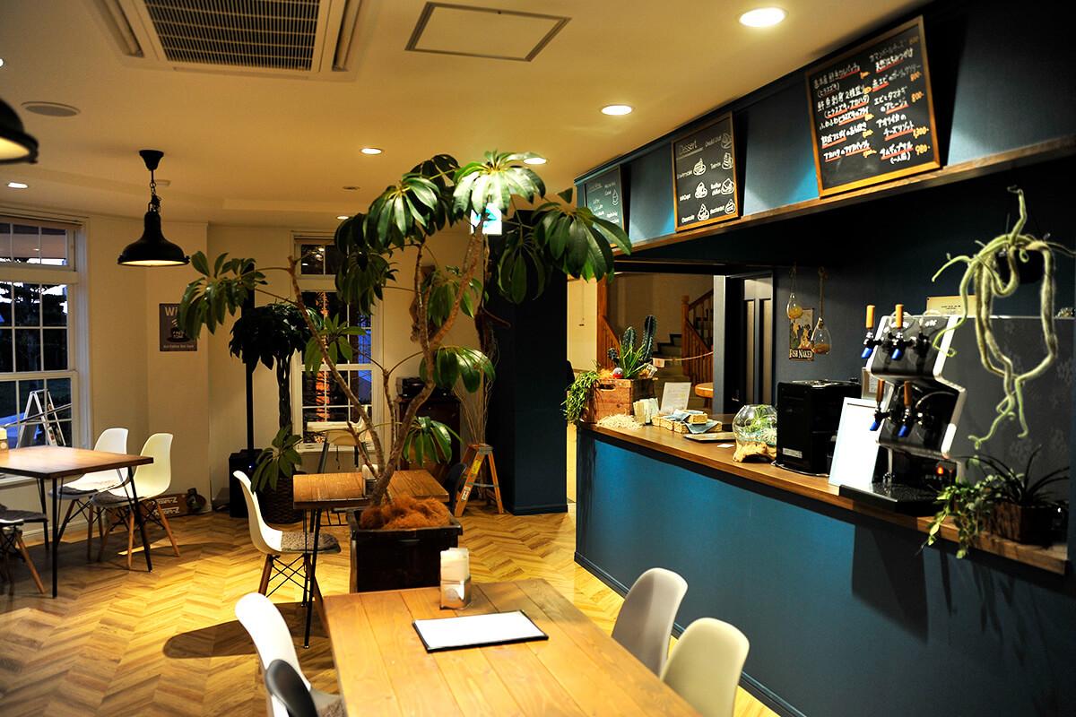 M's cafe & dining(エムズ  カフェ  アンド  ダイニング)